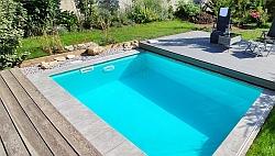 bazén so skimmerom